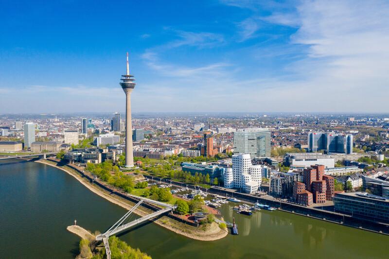Sprachaufenthalt Deutschland, Düsseldorf - Rheinturm