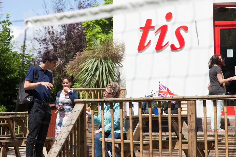 Sprachaufenthalt England, Torquay - Torquay International School - Terrasse