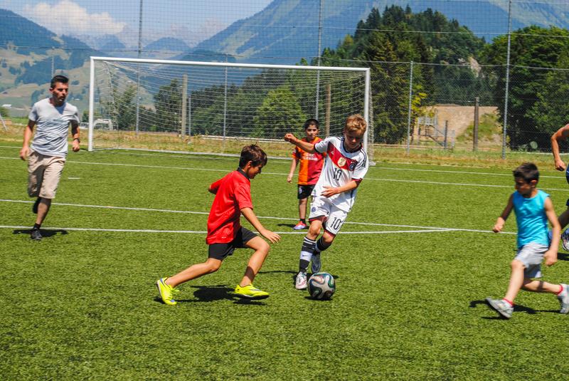 Séjour linguistique Suisse, Leysin - Alpadia Language School Leysin - Football