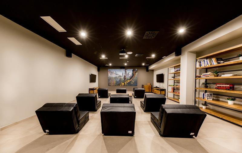 Srachaufenthalt Spanien, Barcelona - Expanish Barcelona - Accommodation - The Loft Town - Kino