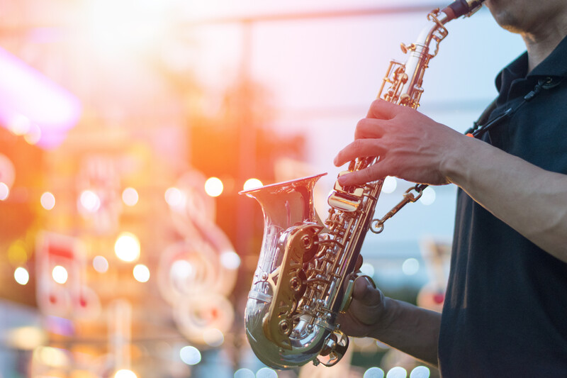 sprachaufenthalt spanien barcelona jazzi's club