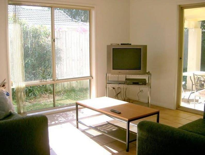 Sprachaufenthalt Australien, Noosa - Lexis Noosa - Accommodation - Sarena Court - Wohnzimmer