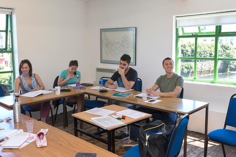 Sprachaufenthalt Irland, Galway - Bridge Mills Galway Language Centre - Lektionen