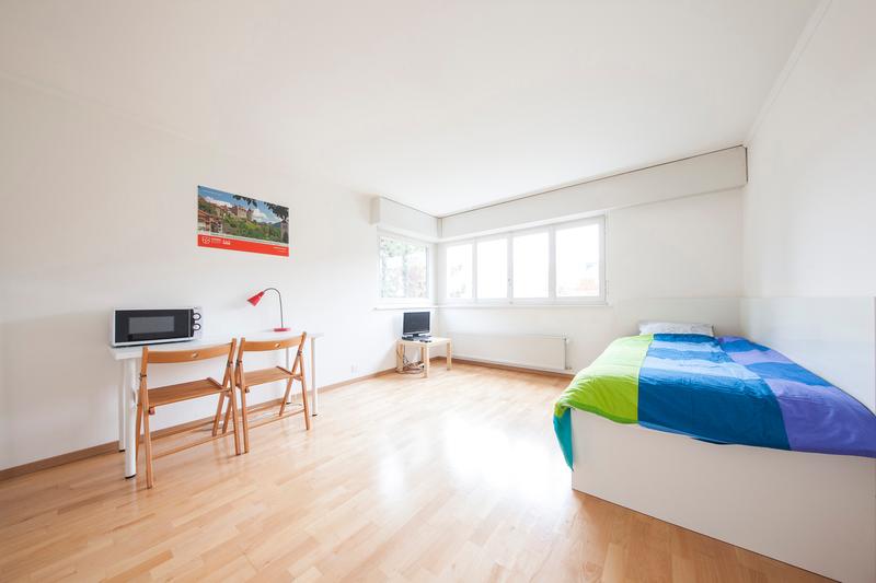 Sprachaufenthalt Schweiz, Montreux - Alpadia Language School Montreux - Accommodation - Le Lac - Einzelzimmer