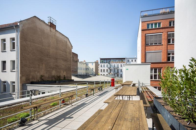 Sprachaufenthalt Deutschland, Berlin - DID Deutsch Institut Berlin - Terrasse