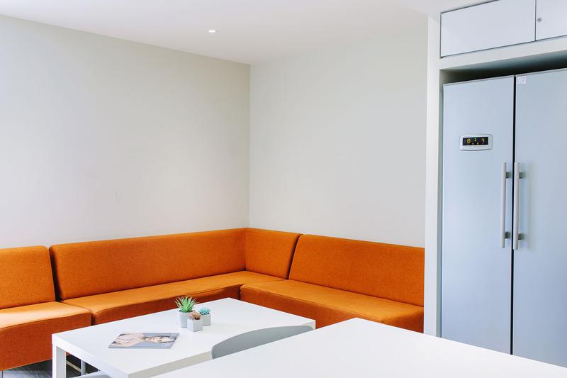 Sprachaufenthalt England, London - EC - Accommodation - Drapery Plaza Residence - Wohnzimmer
