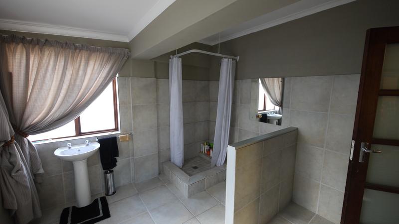 Sprachaufenthalt Südafrika, Capetown - GHS Southern Suburbs - Accommodation - GHS Student House - Badezimmer