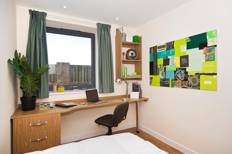 Sprachaufenthalt England, Bournemouth - BEET Language Centre Bournemouth - Accommodation - Summer Apartments - Zimmer