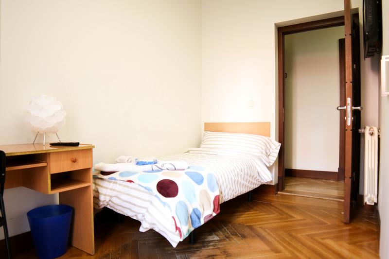 Sprachaufenthalt Spanien, Madrid - Don Quijote Madird - Accommodation - Residenz - Einzelzimmer