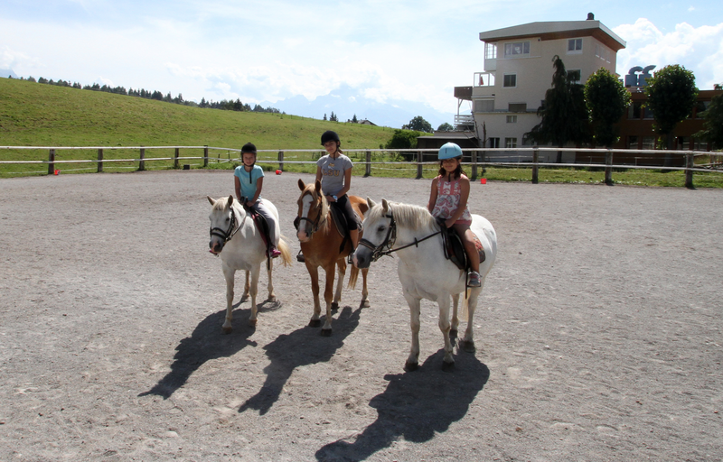 Séjour linguistique Suisse, Leysin - Alpadia Language School Leysin - Equitation