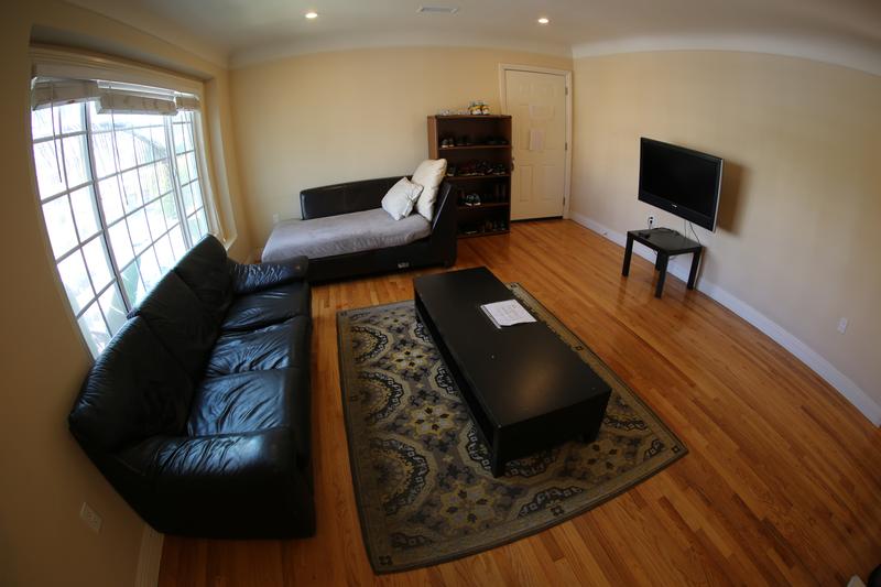 Sprachaufenthalt USA, Santa Monica - CEL Santa Monica - Accommodation - Shared Apartment Standard - Wohnzimmer