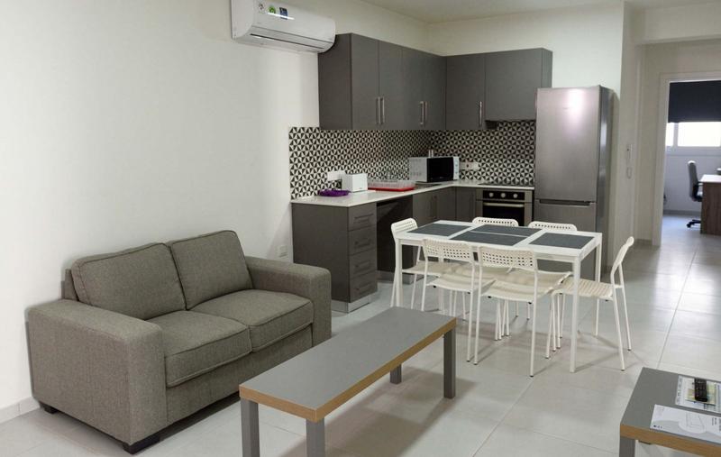 Sprachaufenthalt Zypern, Larnaca - English in Cyprus Summer Camp - Accommodation - Apartment - Wohnzimmer