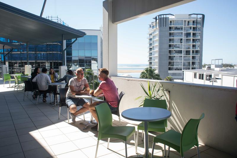 Sprachaufenthalt Australien, Sunshine Coast - Lexis  English Maroochydore - Terrasse