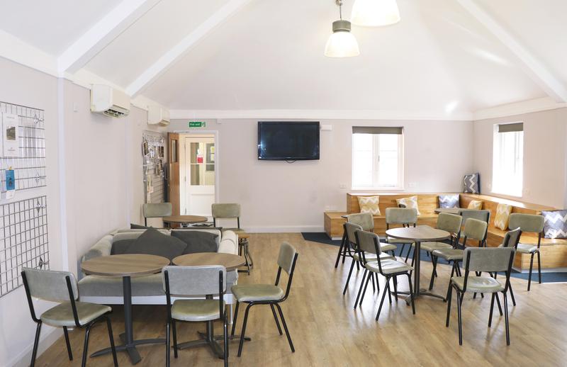 Sprachaufenthalt England, Canterbury - Stafford House Canterbury - Lounge