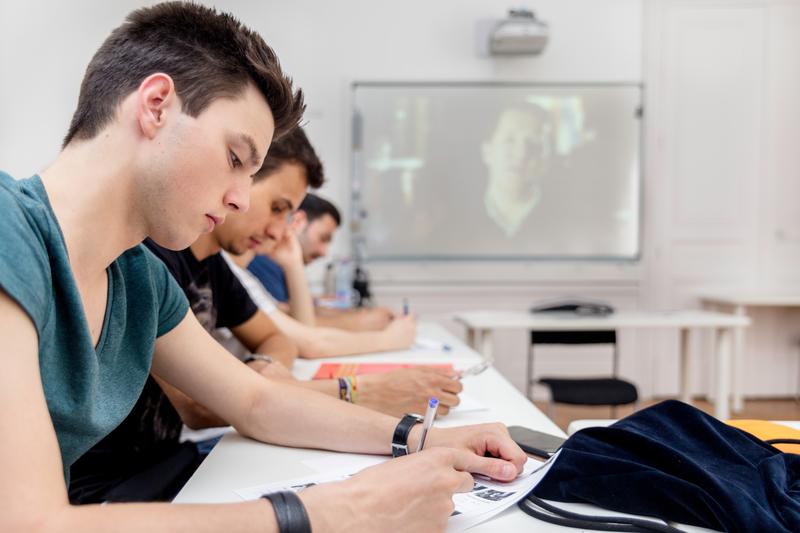 Sprachaufenthalt Frankreich, Lyon - Alpadia Language School Lyon - Lektionen