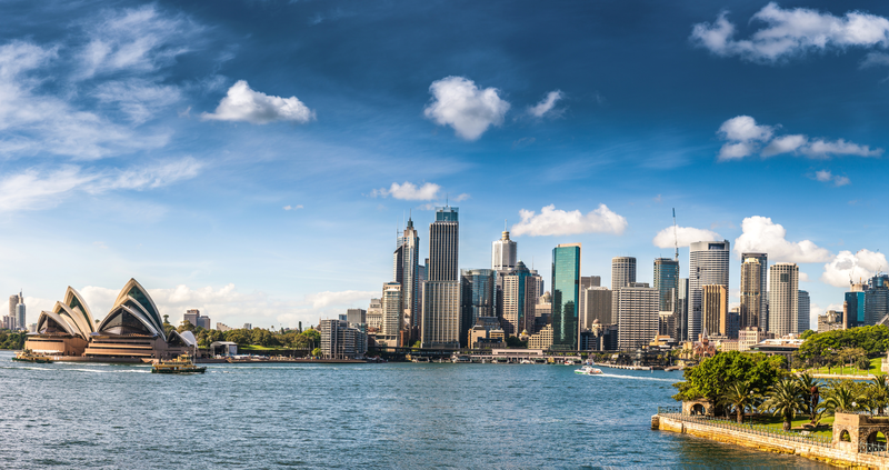 Cityscape of Sydney Downtown in a beautiful day. CBD and Sydney Harbor.
