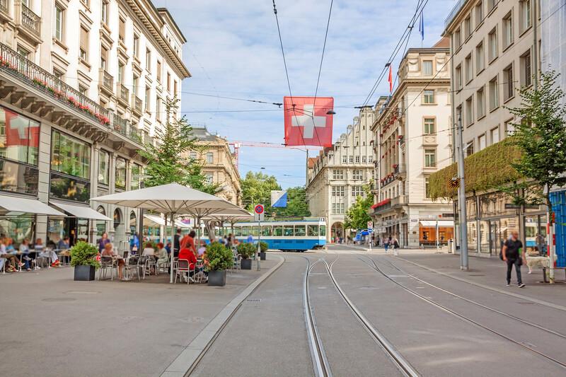 Séjour linguistique Suisse, Zurich - Rue de la gare