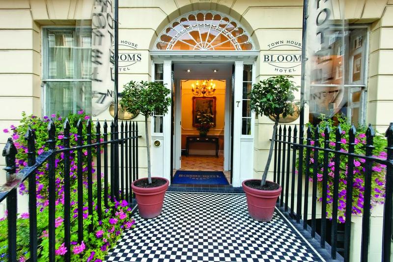 Sprachaufenthalt England, London - St Giles London Central - Accommodation - Hotel Grange Blooms - Eingang