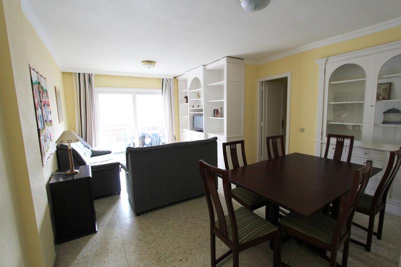 Sprachaufenthalt Spanien, Teneriffa - FU International Academy Tenerife - Accommodation - Apartment - Wohnzimmer
