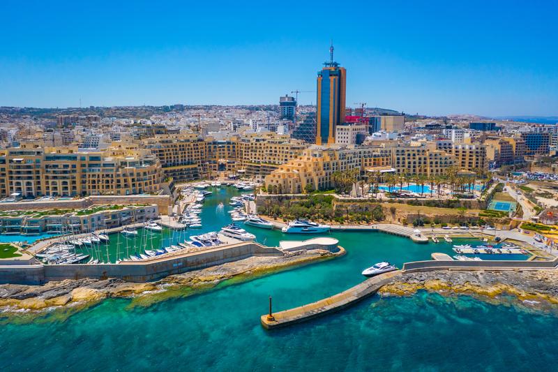 Sprachaufenthalt Malta, St. Julian's - Portomaso Tower