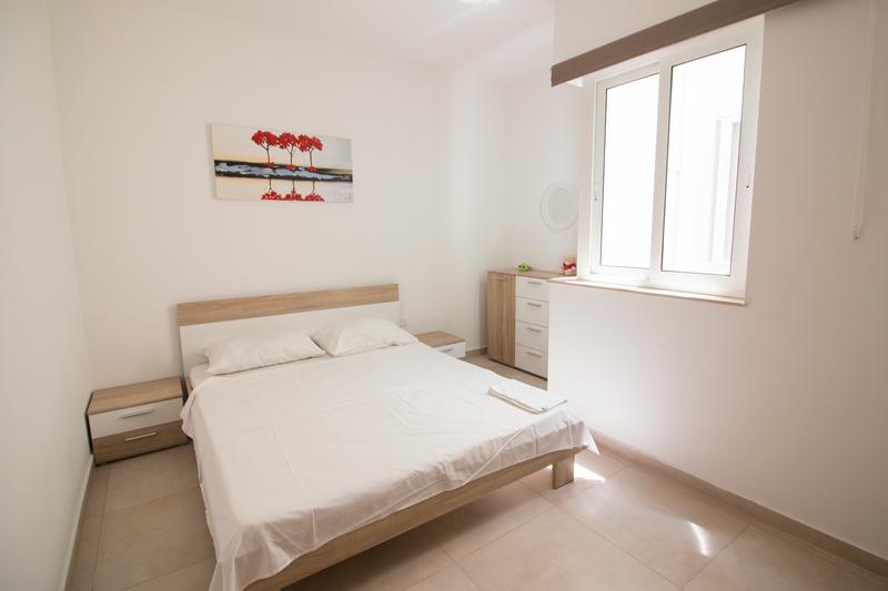 Sprachaufenthalt Malta, St. Julians - EC - Accommodation - One Bedroom Apartment - Schlafzimmer
