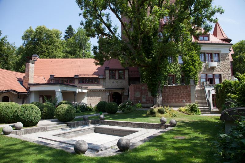 Sprachaufenthalt Deutschland, München - GLS Munich Castle - Garten