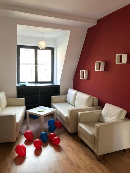 Sprachaufenthalt Deutschland, Lindau im Bodensee - Dialoge Lindau - Accommodation - Apartment Europaplatz - Wohnzimmer
