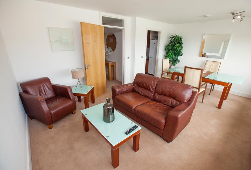 Sprachaufenthalt Irland, Galway - Atlantic Language School Galway - Accommodation - Apartment - Wohnzimmer