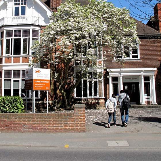 Séjour linguistique Angleterre, Canterbury - Stafford House - École