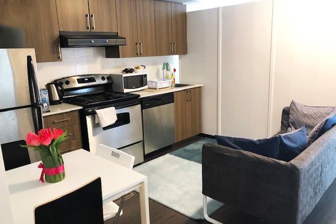 Sprachaufenthalt Kanada, Toronto - EC - Sherbourne Apartment - Wohnzimmer