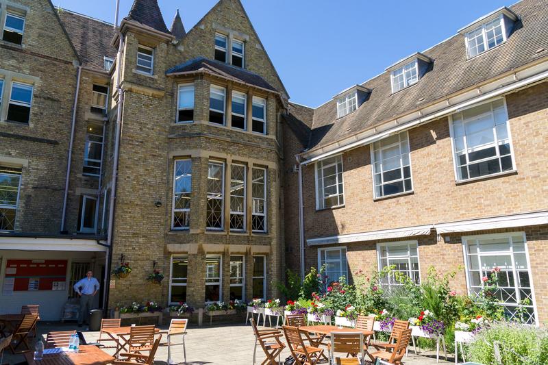 Séjour linguistique Angleterre, Oxford - The Oxford English Centre - Terrasse