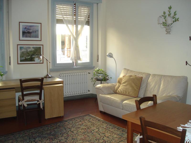 Sprachaufenthalt Italien, Florenz - Scuola Leonardo da Vinci Firenze - Accommodation - Apartment - Wohnzimmer