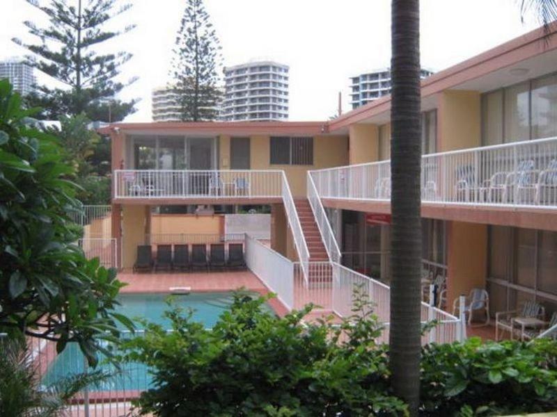 Sprachaufenthalt Australien, Gold Coast - Langports Gold Coast - Accommodation - Student Apartment Ashleigh Lodge - Gebäude