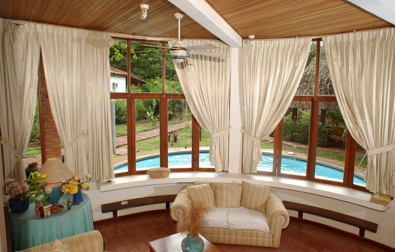 Sprachaufenthalt Costa Rica, Playa Tamarindo - WAYRA Instituto Playa Tamarindo - Accommodation - Apartment Casa Carolina - Wohnzimmer