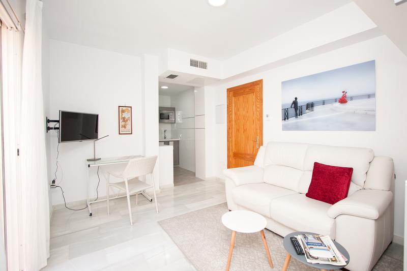 Sprachaufenthalt Spanien, Nerja - Escuela de Idiomas Nerja - Accommodation - Apartment Club Costa Nerja - Wohnzimmer