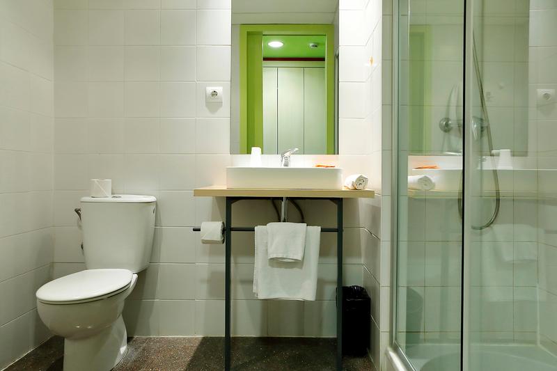Sprachaufenthalt Spanien, Barcelona - Expanish Barcelona - Accommodation - Agora Residenz - Badezimmer
