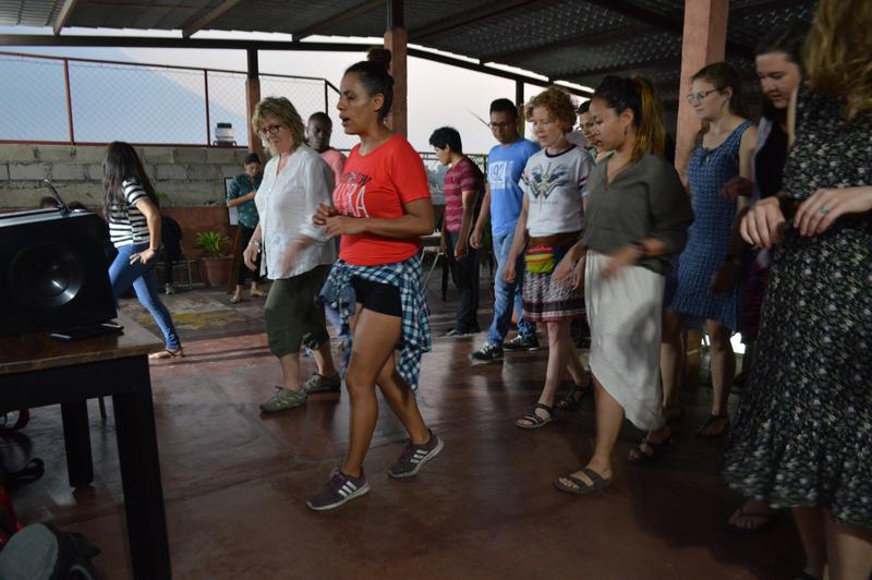 Sprachaufenthalt Costa Rica, Manuel Antonio - Maximo Nivel Manuel Antonio - Tanzen