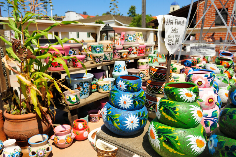 SAN DIEGO, USA - JULY 30,2013:Colorful pottery in Old Town of San Diego, California,USA.
