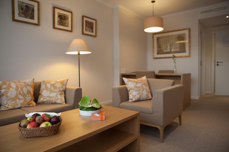 Sprachaufenthalt Belgien, Spa - Ceran SPA - Accommodation - Gästezimmer - Wohnzimmer