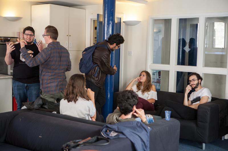 Sprachaufenthalt England, Edinburgh - Edinburgh School of English - Studenten