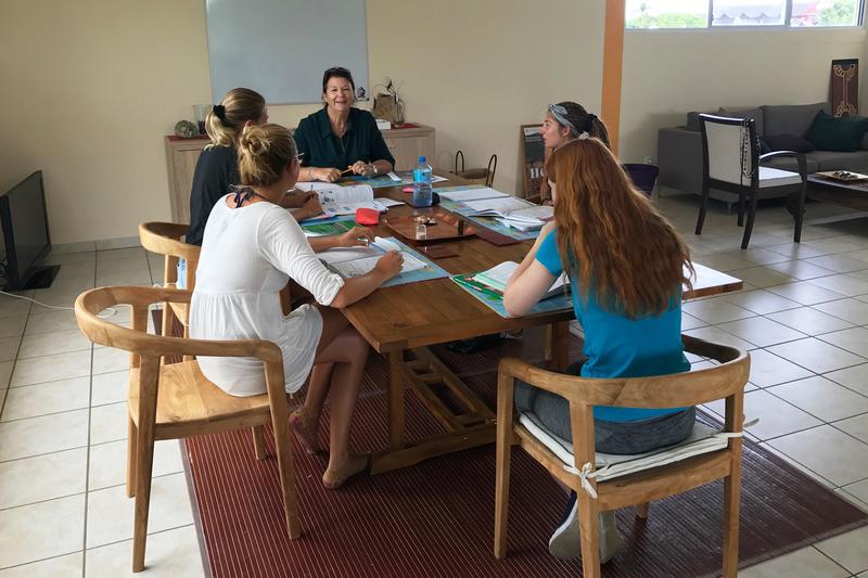 Séjour linguistique Tahiti, Puna'auia - Le Cours d'école Papara Tahiti - Leçon