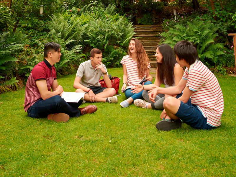 Sprachaufenthalt England, London - St Giles London Highgate - Garten