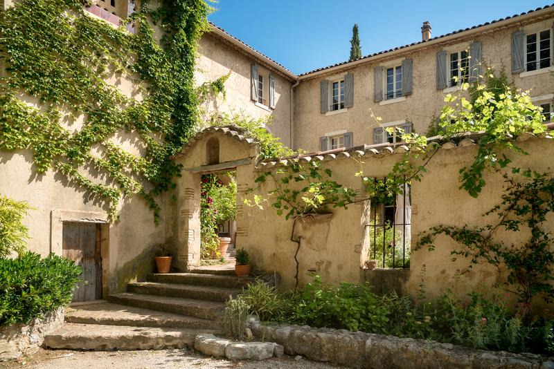 Sprachaufenthalt Frankreich, Moustiers - CREA Langues Moustiers Ste-Marie - Garten