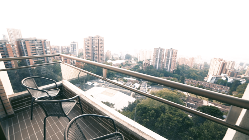 Sprachaufenthalt Kolumbien, Medellin - Centro Catalina Medellin - Accommodation - Residenz - Balkon