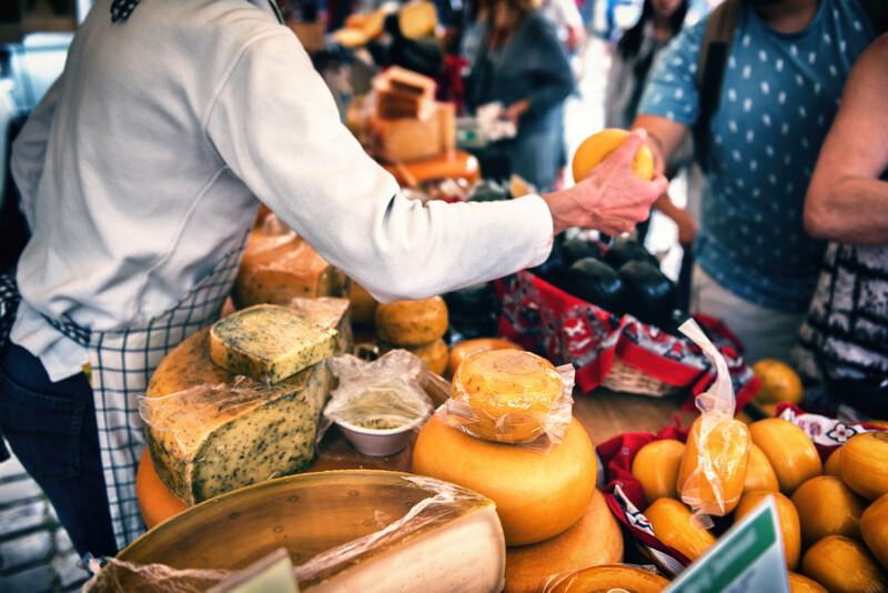 Sprachaufenthalt Frankreich, Moustiers-Sainte-Marie - Markt