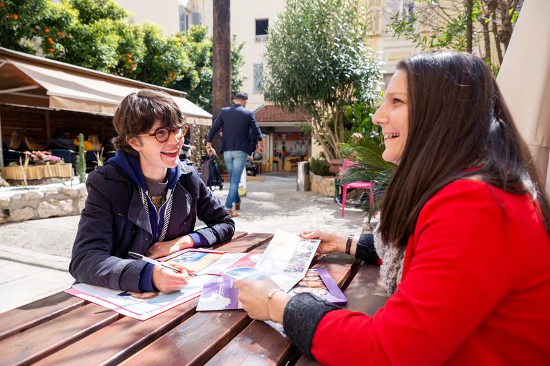Sprachaufenthalt Frankreich, Nizza - Azurlingua - Studenten