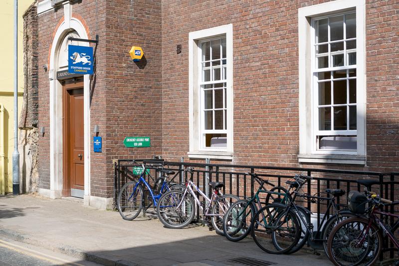Sprachaufenthalt England, Cambridge - Stafford House Cambridge - Schule