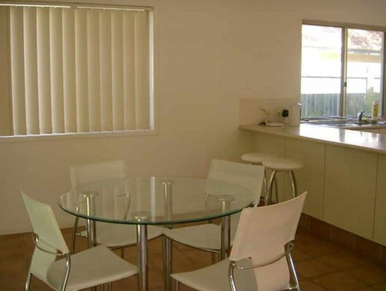 Sprachaufenthalt Australien, Noosa - Lexis Noosa - Accommodation - Sarena Court - Esszimmer