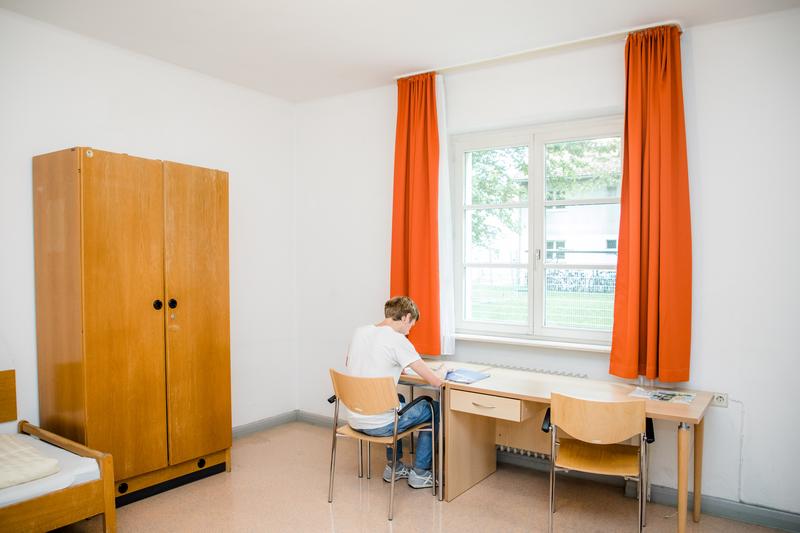 Sprachaufenthalt Deutschland, Radolfzell - Carl Duisberg Centren Radolfzell - Accommodation - Apartment Schiedelenweg - Schlafzimmer