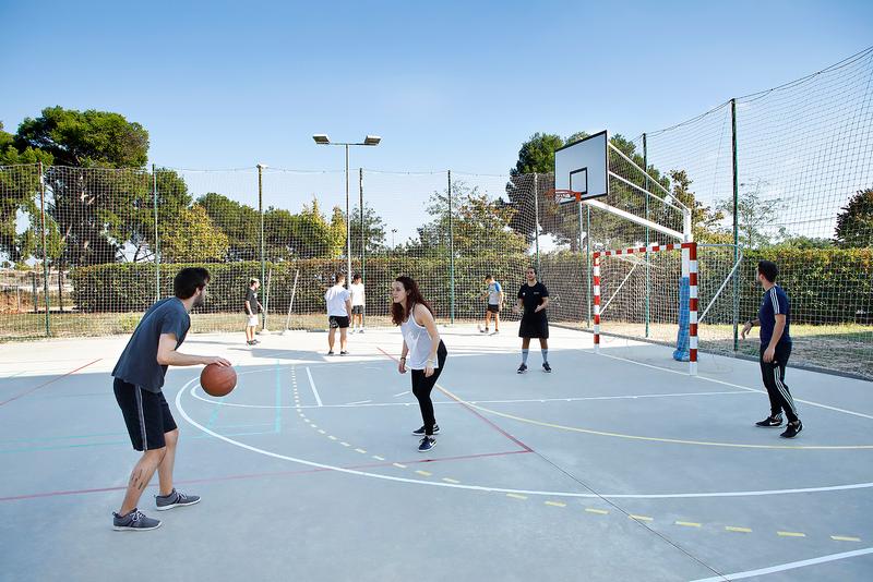 Sprachaufenthalt Spanien, Barcelona - Expanish Barcelona - Accommodation - Agora Residenz - Sportplatz